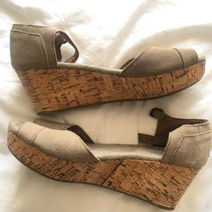 Taupe Toms wedges